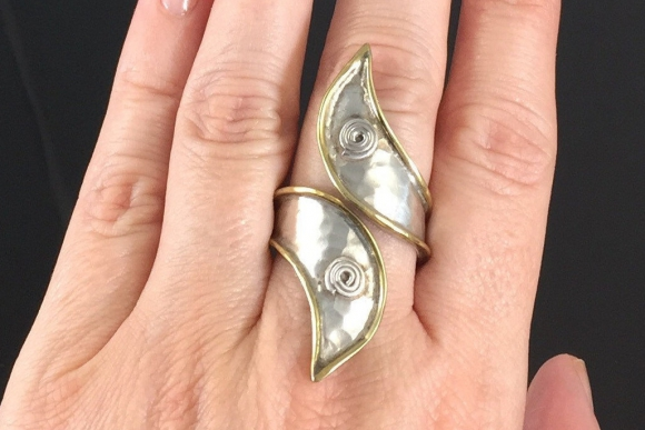 Sterling Silver & Brass Hammered Bypass Ring - Vintage Eighties, Size 7