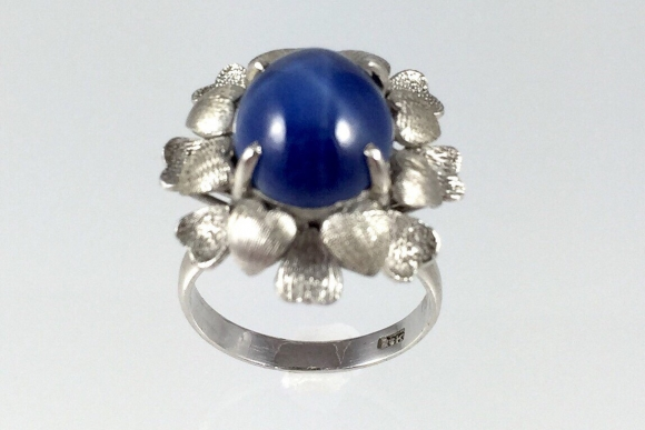 Vintage 18K White Gold Blue Star Sapphire - 1950s Synthetic Lab Created