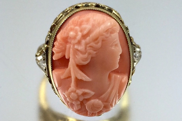 Victorian 14K Gold Filigree Carved Coral Cameo Ring - Vintage 1890