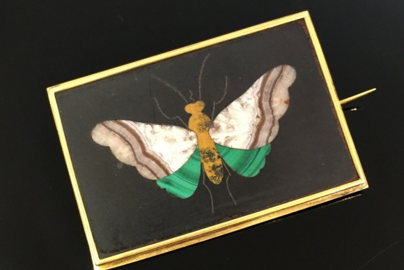 Early Victorian Antique 18K Pietra Dura Butterfly Brooch - Circa 1840s