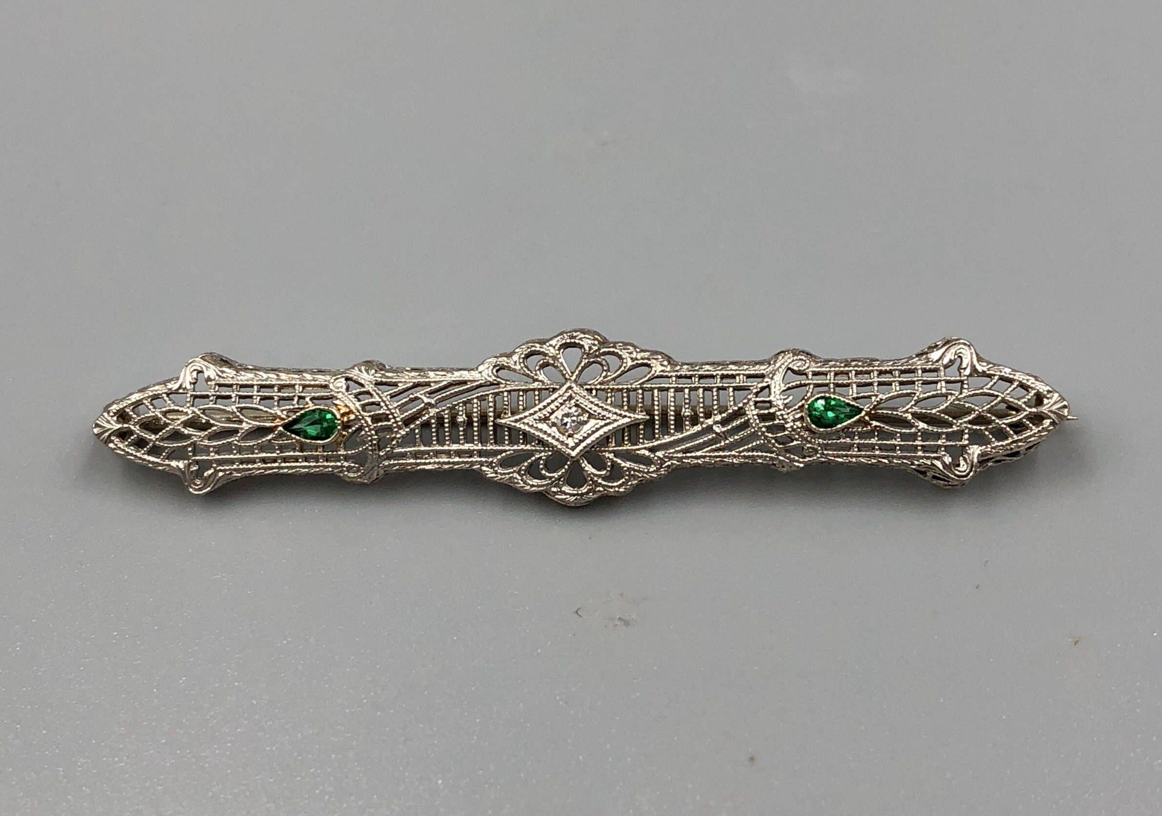 Edwardian 14k White Gold Diamond Filigree Bar Pin