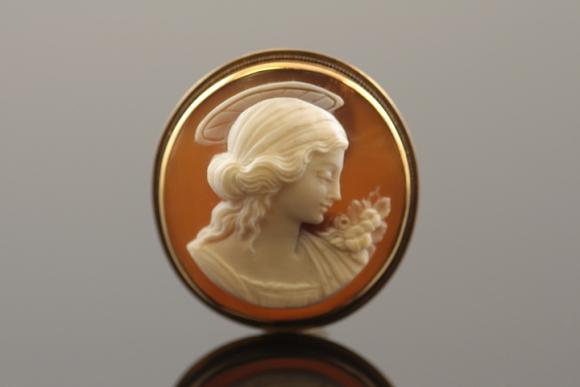Rare Virgin Mary Cameo 14K Brooch Pendant