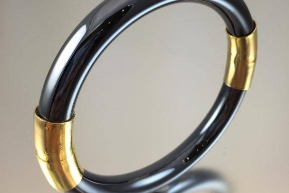 Vintage Gun Metal Gray and Gold Tone Hinged Bangle Bracelet