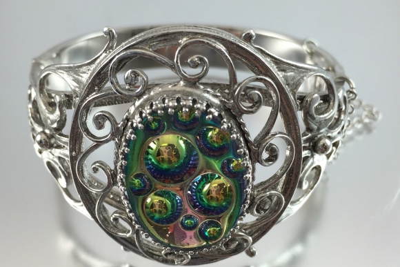 Signed Whiting & Davis Galaxy Glass Stone Bangle Bracelet Silver