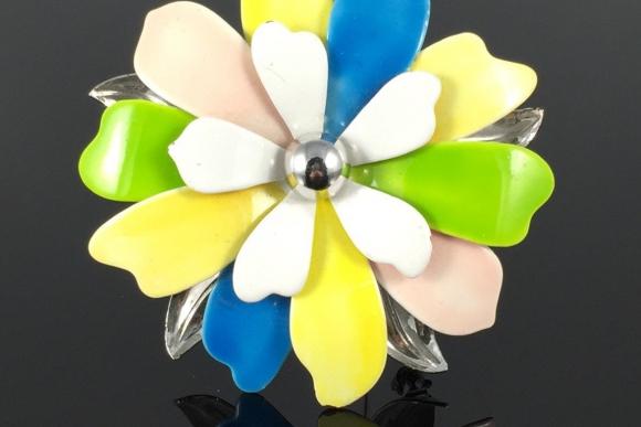 "Sarah Coventry ""Pastel Petals"" Enamel Flower Brooch - Vintage"