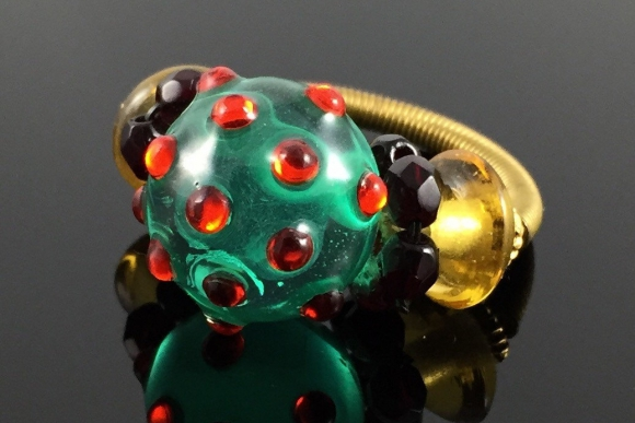 Vintage Lampwork Art Glass Bead Ring - Brass Coil Shank, Size 6