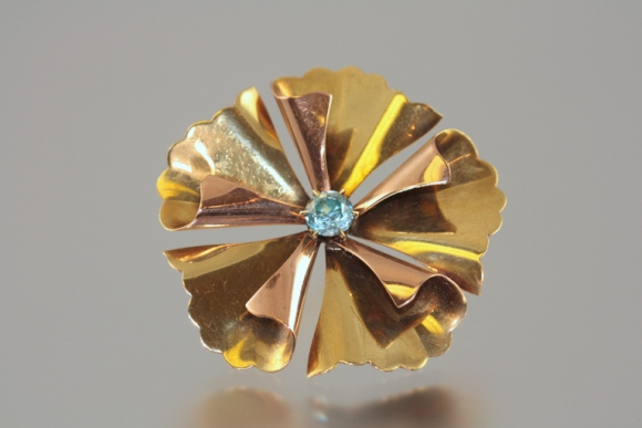 Retro Blue Zircon Pin Wheel Brooch