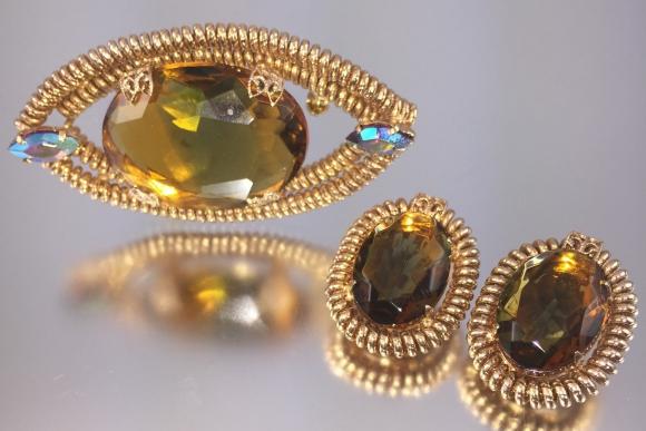 Large Givre Art Glass Brooch Earrings Demi Parure - Vintage 1960s