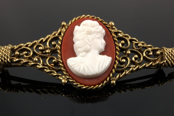 Antiqued Gold Cameo Hair Barrette - Vintage 70s Large Victorian Style