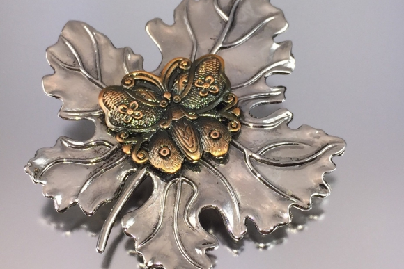 Vintage Stephen Dweck Silver Maple Leaf & Copper Butterfly Scarf Clip