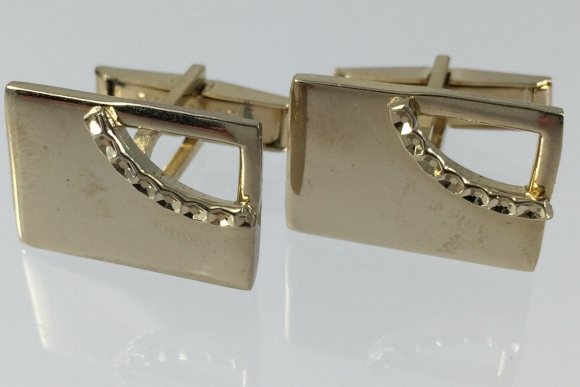 Pioneer Gold Cufflinks - Vintage Sixties Gold Plated - Rectangular