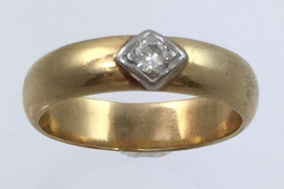 Antique 5MM 14K Diamond Engagement Wedding Band - Yellow Gold