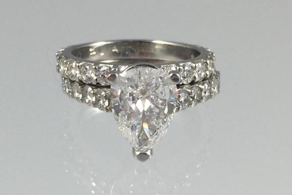Platinum 2.20Ct Teardrop Cut Diamond Engagement Ring with Diamond Band