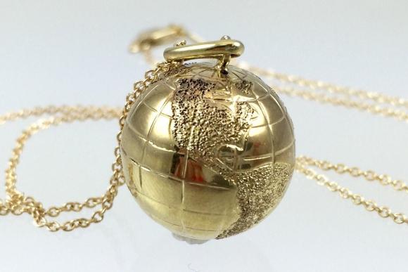 10k Gold World Globe Charm Pendant