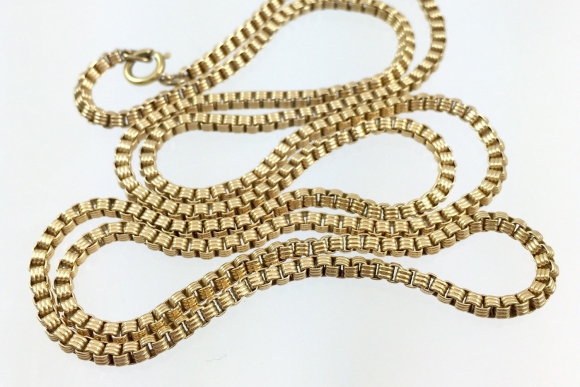 Antique Victorian 14K Gold Textured Box Chain Necklace