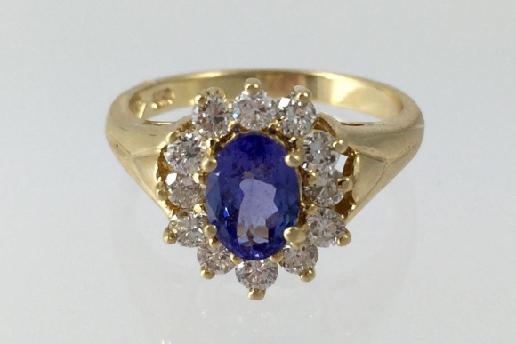 Tanzanite & Diamond 14K Gold Ring - Vintage Early 90s Oval Tanzanite