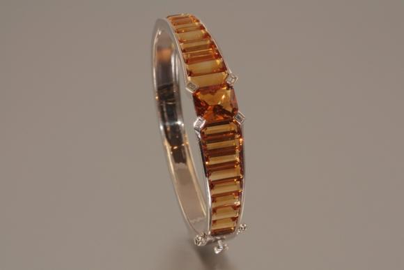 18K Citrine Bangle Bracelet