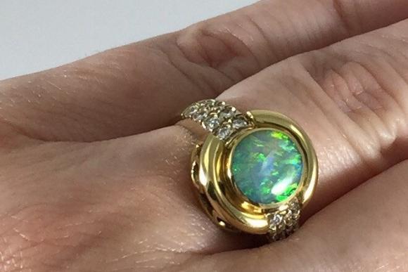18K Gold Australian Opal Diamond Ring - Vintage Bagley Hotchkiss