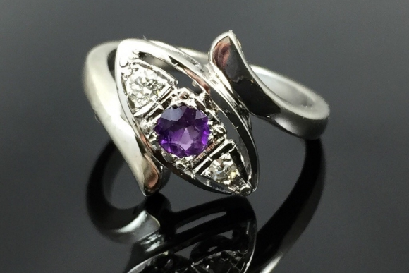 Amethyst & Diamond 14K White Gold Ring - Vintage 1950s Split Shank