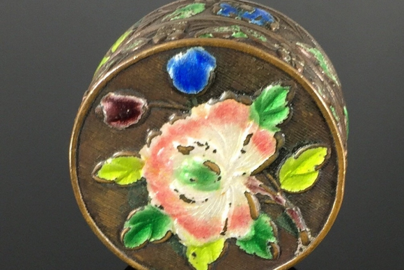 Antique Old Chinese Export Enamel Pill Box - Round Floral Enamel Snuff Box