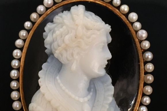 Antique 14K Onyx Cameo Brooch Pendant with Natural Pearls - Vintage