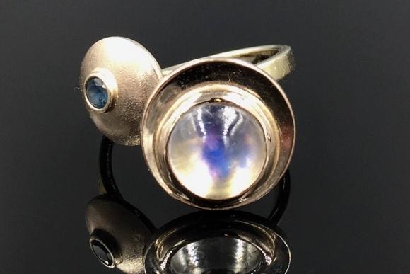 18K Blue Moonstone Sapphire Pinky Ring