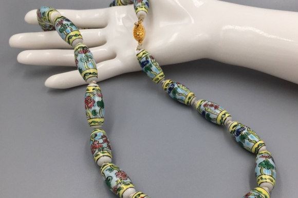 Chinese Porcelain Pastel Bead Necklace - Vintage 1970s Chinese Export