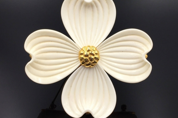 Monet Dogwood Flower Brooch - Vintage 1970s North Carolina State Flower