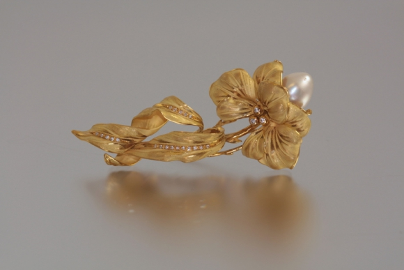 Annamaria Cammilli South Sea Pearl Brooch