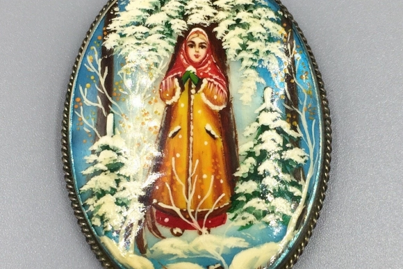 Antique Fedoskino Russian Miniature Painting on Mother of Pearl Brooch