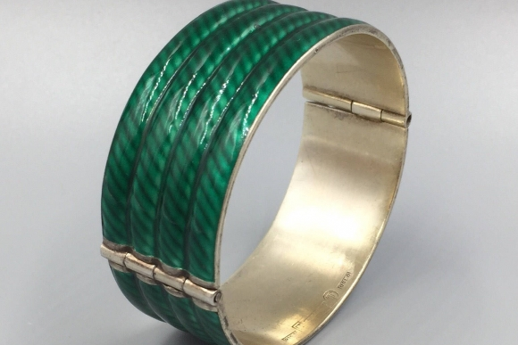J Tostrup Norway, Grete Prytz Kittelsen, Wide Green Enamel Sterling Bangle Bracelet