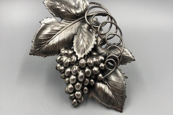 Napier Large Danish Grape Leaf Brooch - Vintage 1959 Designer Eugene Bertoli