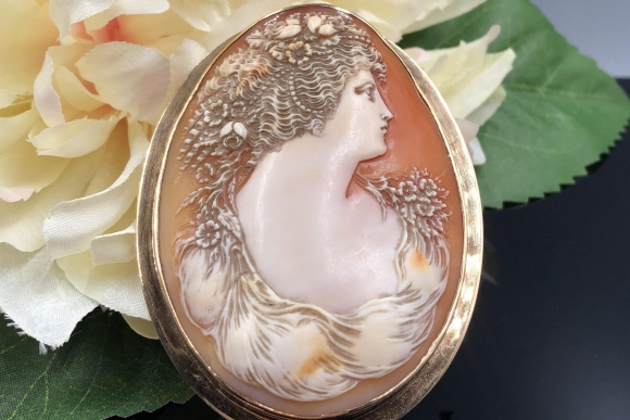 Antique Large 14K Cameo Brooch Pendant