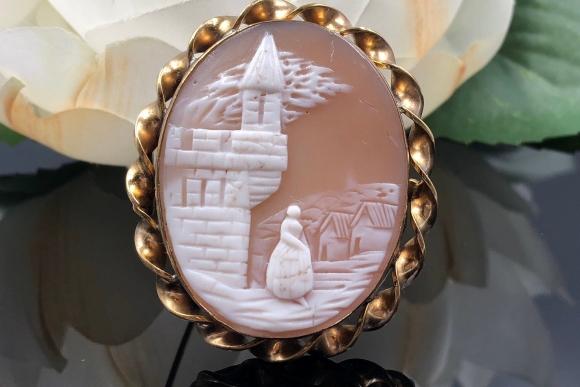 Gold Filled Rebecca at the Well Shell Cameo Brooch
