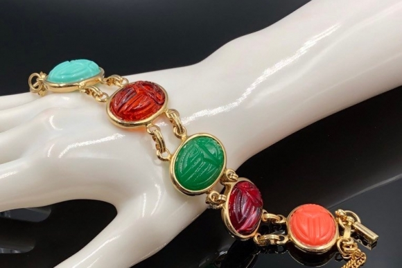 Egyptian Revival Large Scarab Bracelet, Molded Resin Scarabs
