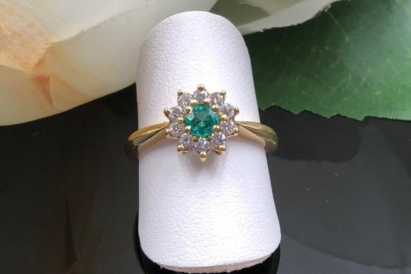 18K Emerald Diamond Round Cluster Ring