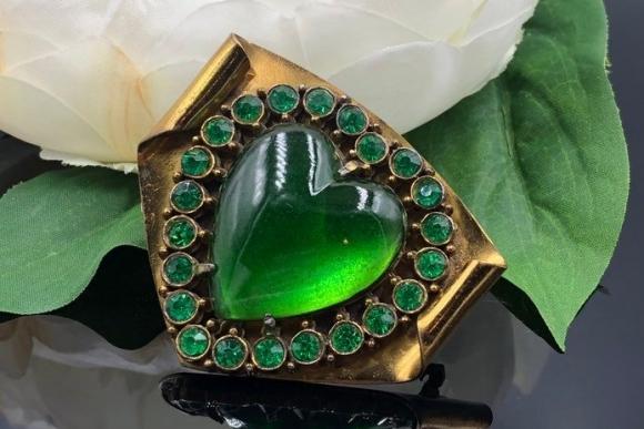 Emerald Green Glass Heart Rhinestone Brooch