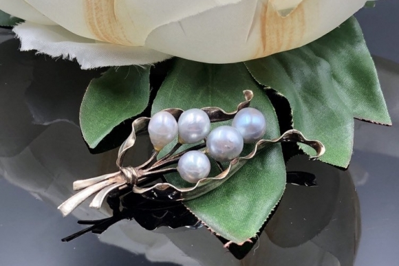 14K Pearl Spray Brooch