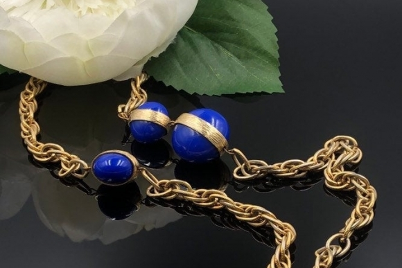 Vintage Long Gold Rope Necklace with Asymmetric Blue Beads