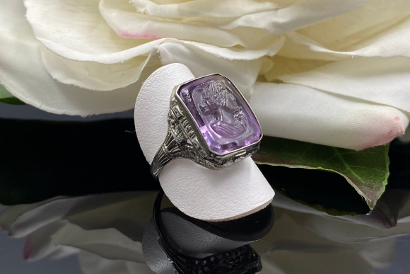 Vintage Art Deco 18K Amethyst Cameo Ring, 18K White Gold Filigree February Birthstone