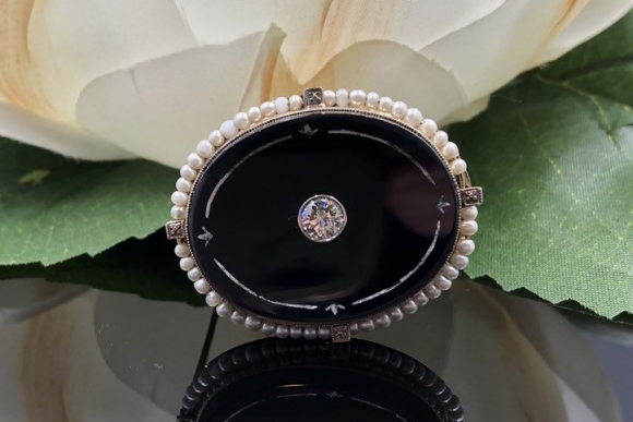 Antique 14K Black Onyx Diamond Seed Pearl Mourning Brooch
