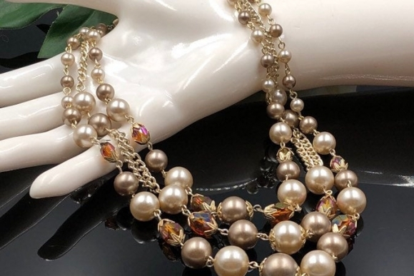 Vintage Triple Strand Champagne Pearl Bead Necklace Made in Japan