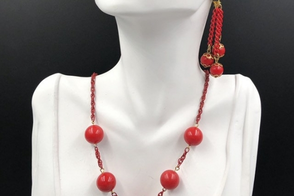 Vintage Celebrity NY Cherry Red Bead Necklace Earrings Jewelry Set