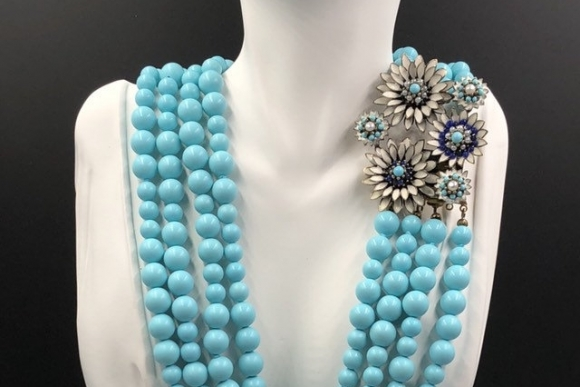 Vintage Italy Turquoise Blue Glass Bead Statement Necklace with Ornamental Clasp