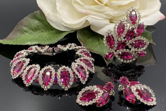 Vintage Weiss Pink Rhinestone Parure