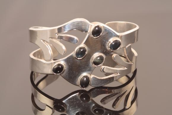 Vintage Sterling Onyx Cuff Bracelet