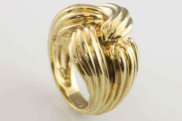 Fabulous Twisted Gold Knot Ring