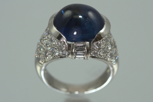 Estate Gumuchian Platinum Sapphire & Diamond Ring