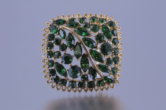 Gorgeous Green Rhinestone Brooch