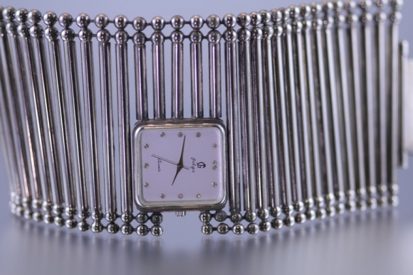 High Style Jalga Designed Quartz Watch